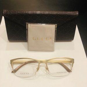 Gucci Eyeglasses!